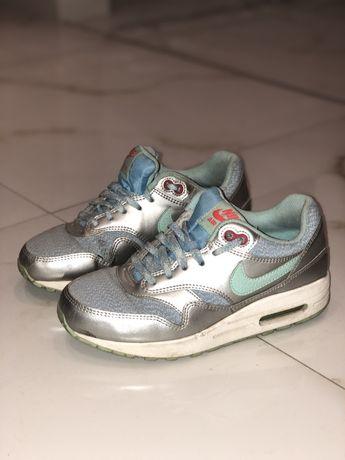 Nike air max 36.5