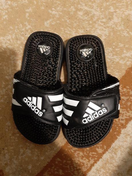 Фирменные шлепки для мальчика Adidas