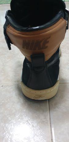 Vendo Sapatilhas da Marca Nike