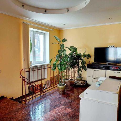 Продается 3 комнатная  двухуровневая квартира, Центральный парк!