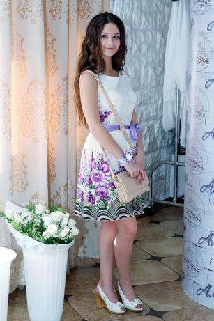 Мини - платье нарядное