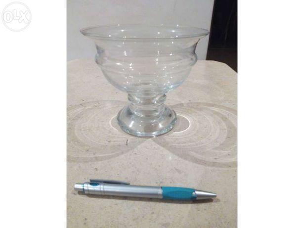 Taça decorativa (vidro)