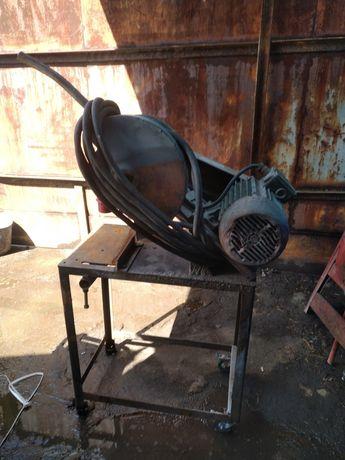 Przecinarka stołowa do metalu, piła do cięcia metalu