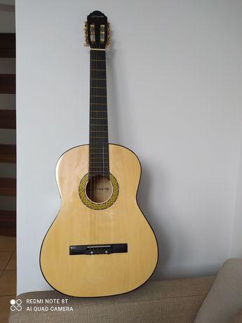 Sprzedam gitarę klasyczną Klasisk.