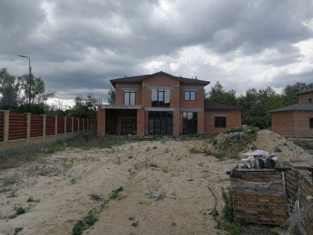 Новый кирпичный дом на берегу Днепра, КГ Днепровая волна.