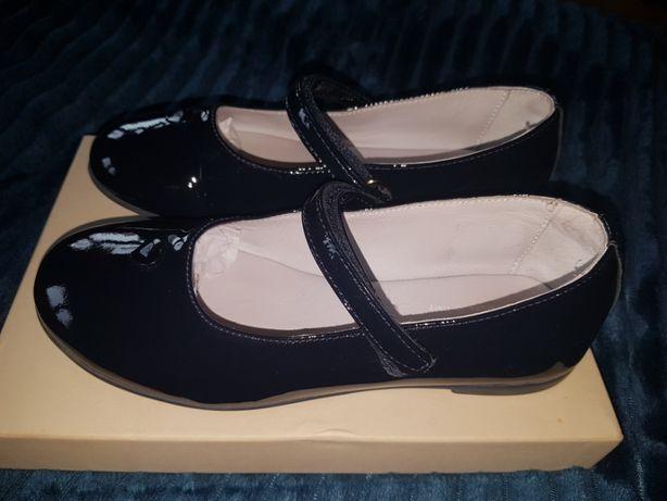 Лакированные туфельки для девочки, Armani оригинал,кожа 30 размер, син