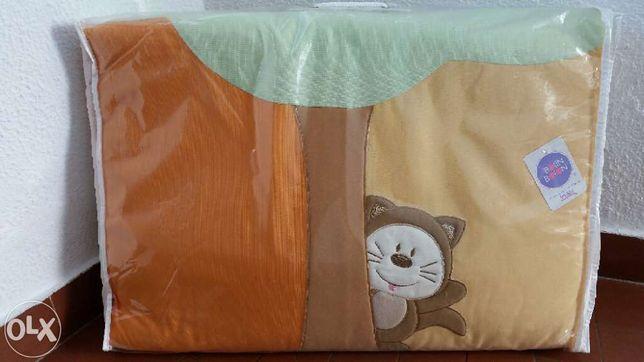 Edredon cama Novo Bolin Bolon colecção Conto tamanho 80x140 cm