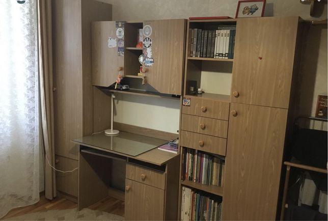 Гарнитур в детскую комнату / кабинет