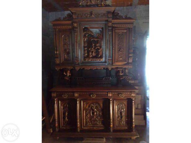 Mobilia usada de sala muito antiga