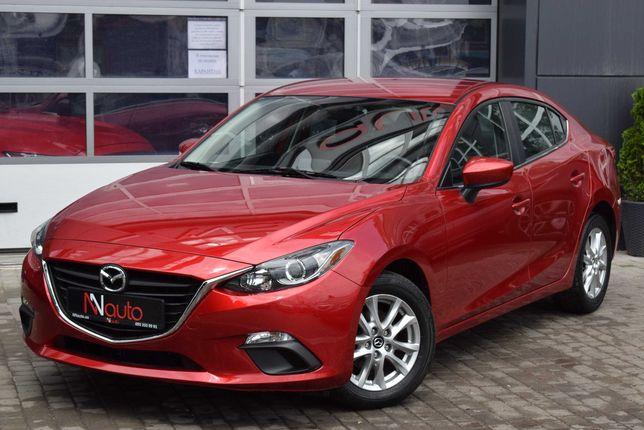Mazda 3 Автомобиль