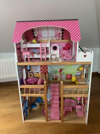 Duży piękny domek dla lalek z mebelkami