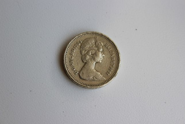 Монета One Pound 1984 Elizabeth 2
