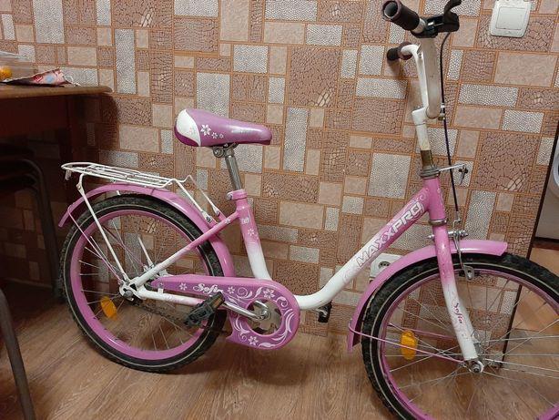 Велосипед для девочки d20(цена 4500р.)