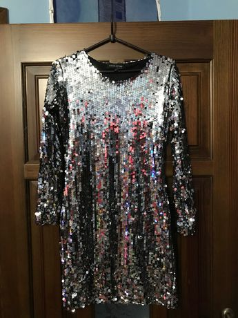 Платье новогоднее новое