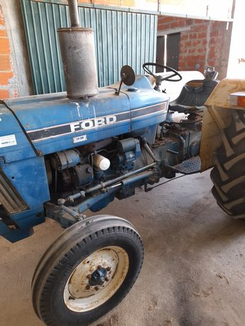 Trator Ford 3610