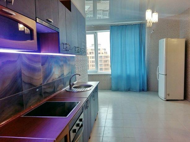Аркадия! 2 спальни+ гостиная!80 КВ.м!!