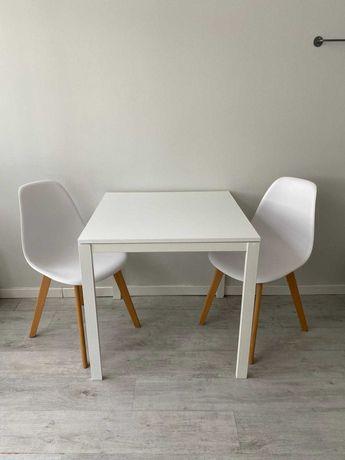 Conjunto mesa e cadeiras brancas - Ótimo estado!
