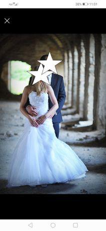 Biała suknia ślubna rozm. 36