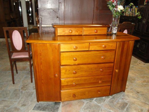 Aparador em madeira maciça de marca Cerne - óptimo estado e qualidade