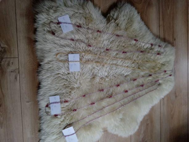 Naszyjniki z koralików ,różne odcienie