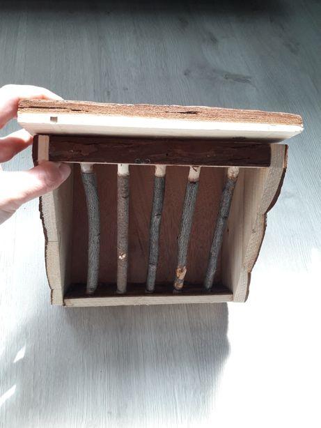 Drewniany paśnik dla królika świnki morskiej nowy