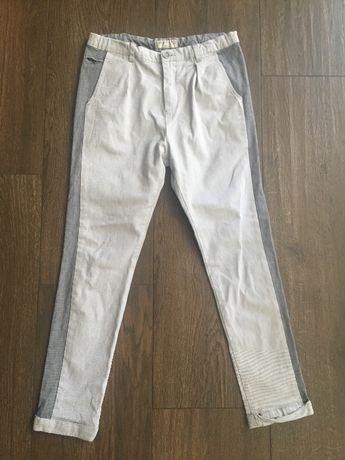 Spodnie firmy Zara roz. 152