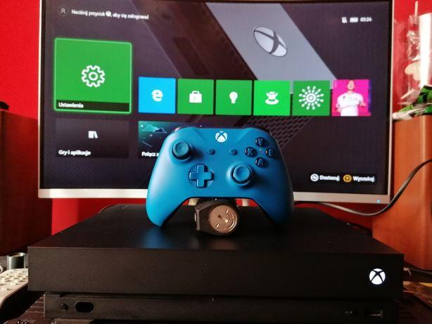 Xbox One X jak nowy