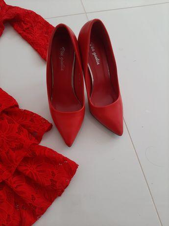 Buty, szpilki czerwone