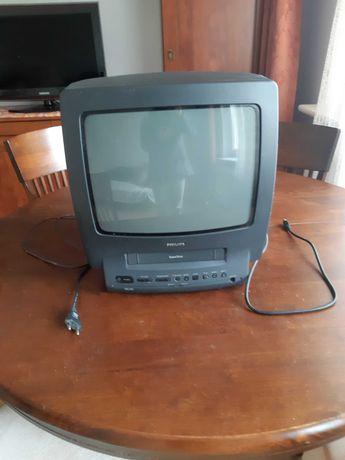 stary telewizor Philips z odtwarzaczem video