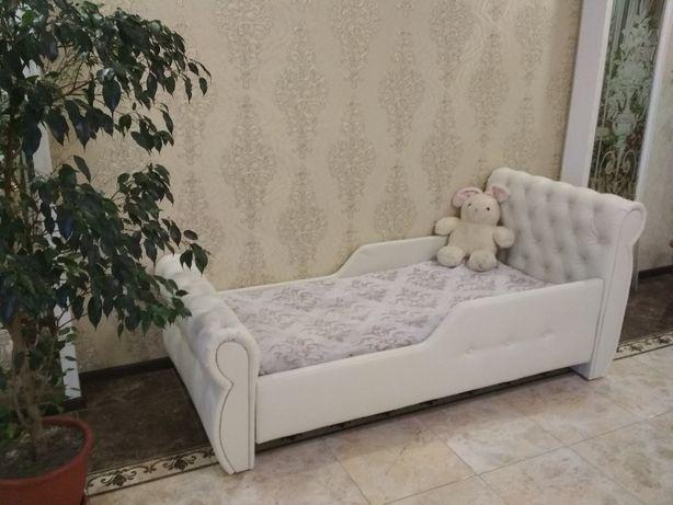 Кровать для детей от года , подростков. В наличии и под заказ.