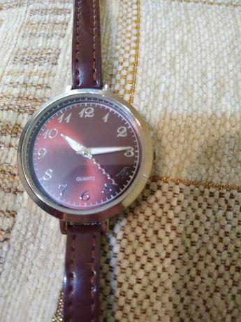 Женские часы в идеальном состоянии