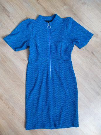 Sukienka grubszy materiał