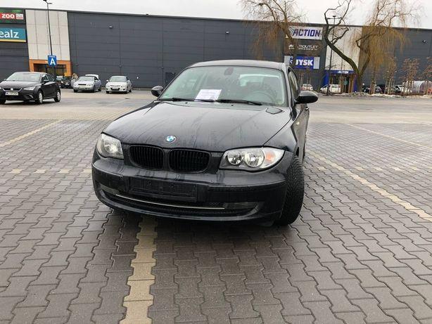 Sprzedaż samochodu BMW 1