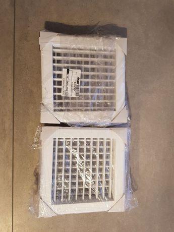 Nowe stalowe kratki wentylacyjne do łazienki