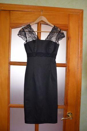 Платье черное с красивым кружевом