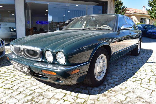 Jaguar Daimler 4.0 XJ V8