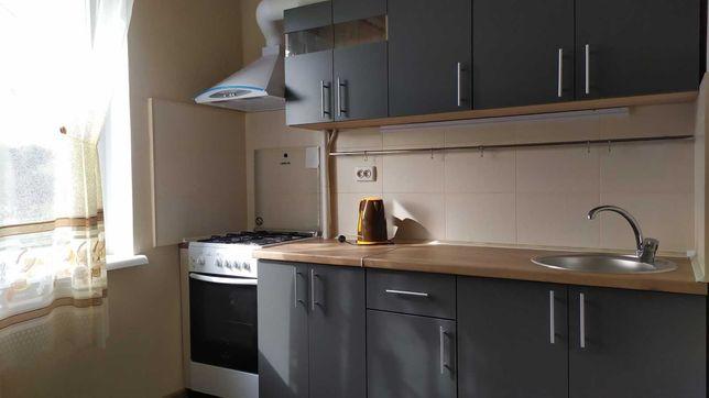 Сдаётся 1 комнатная квартира с ремонтом на Мытнице