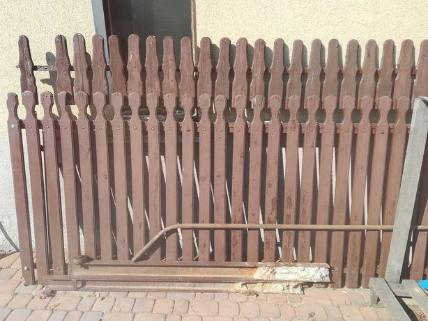 Brama przesuwna na rolkach