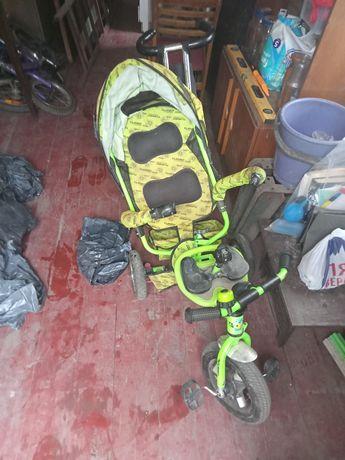 Детский велосипед трёхколёсный 1500₽