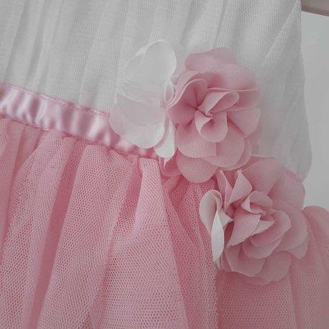 Vestido menina rosa e branco em tule