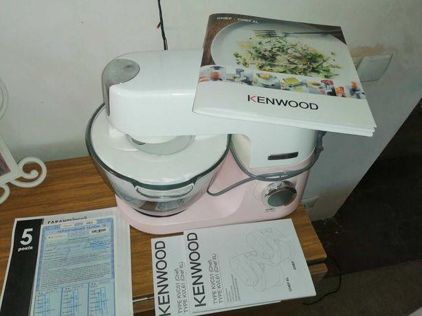 Кухонная машина Kenwood Chef Sense KVC5100T (б/у)