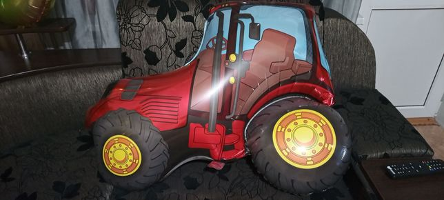 Фольгированный паравоз,трактор,эксковатр,цифра три.