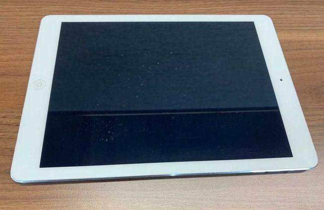 Планшет Apple iPad Air WiFi 16 Gb