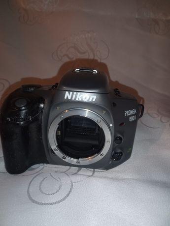Lustrzanka Nikon
