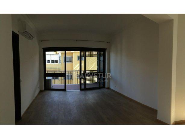 Apartamento T1 Monte Estoril, Cascais para arrendar com v...