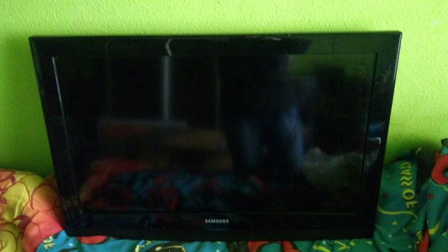 Sprzedam telewizor Samsung 32cale LCD