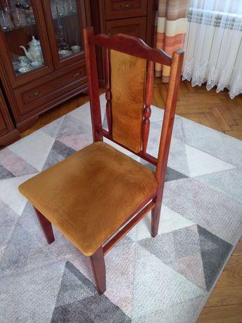 Krzesła tapicerowane 4 szt. stan idealny