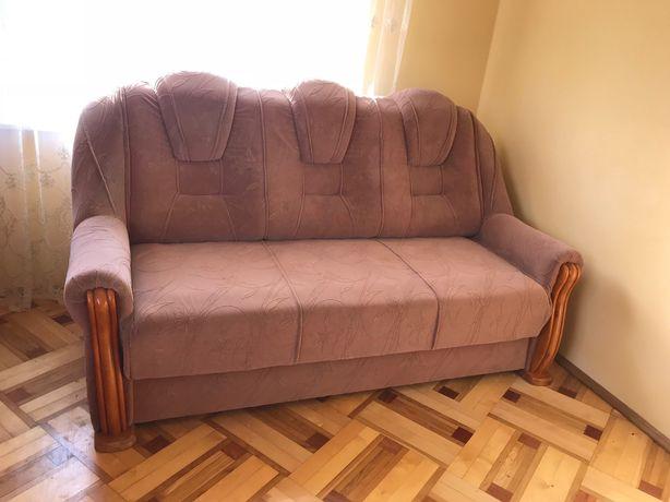 Диван з розкладними кріслами