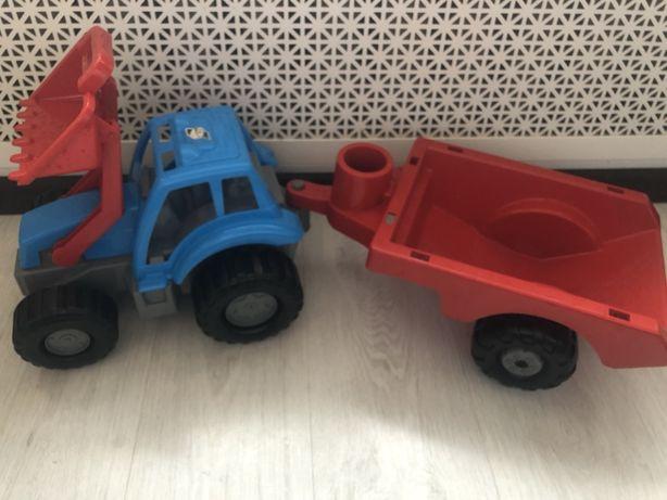 Трактор с прицепом голубой большой Orion