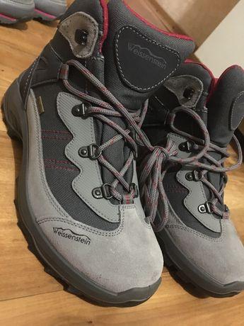 Продам ботинки женские,39 размер
